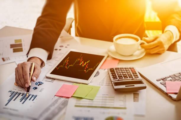 Gestão de custos e geração de lucro na indústria, diminuir custos e aumentar lucros.